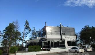 Müüa äripind, teenindus, toitlustus, 369,5 m²