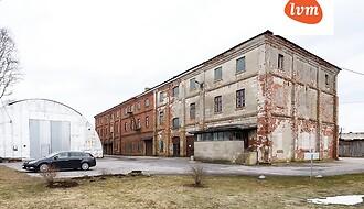Müüa äripind, ladu, 2765 m²