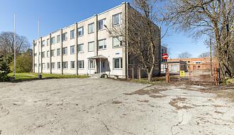 Müüa äripind, ladu, büroo, 3648 m²