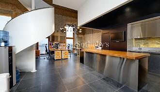 Müüa äripind, büroo, 228 m²