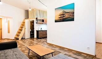 Müüa äripind, 384,8 m²